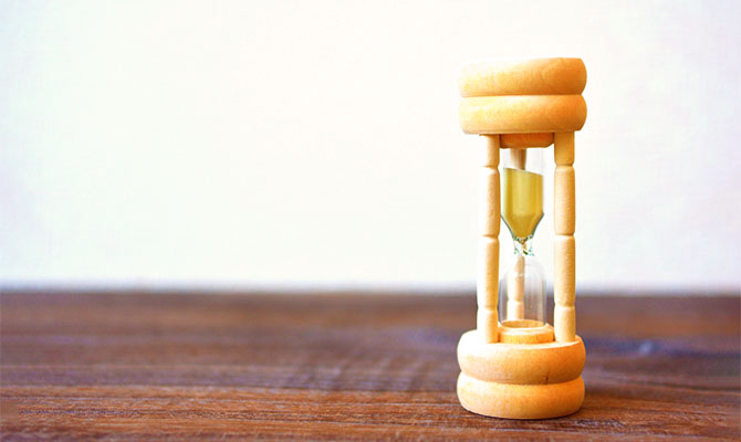 期限を表す砂時計